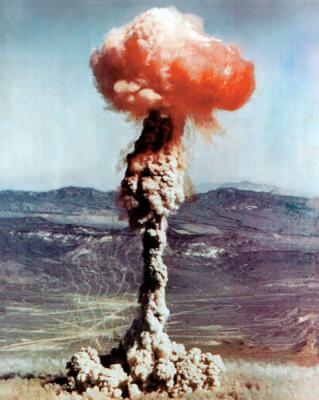 Bombas atómicas.